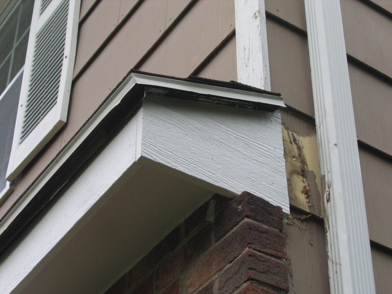Suggestions For Soffit Repair Needed Doityourself Com